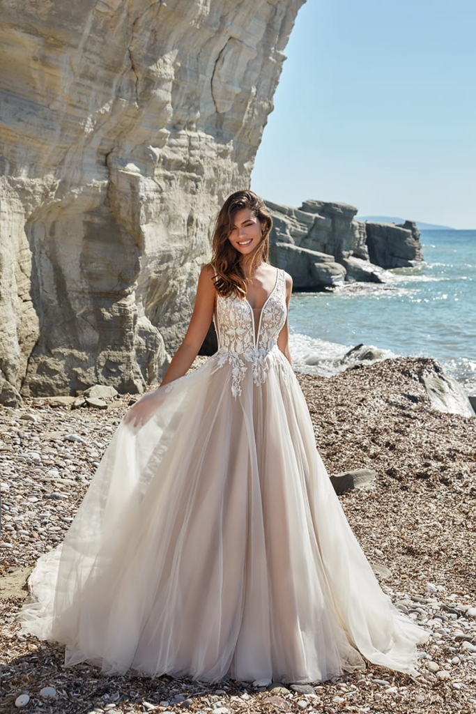Beautiful boho ballgown wedding dress in Tampa