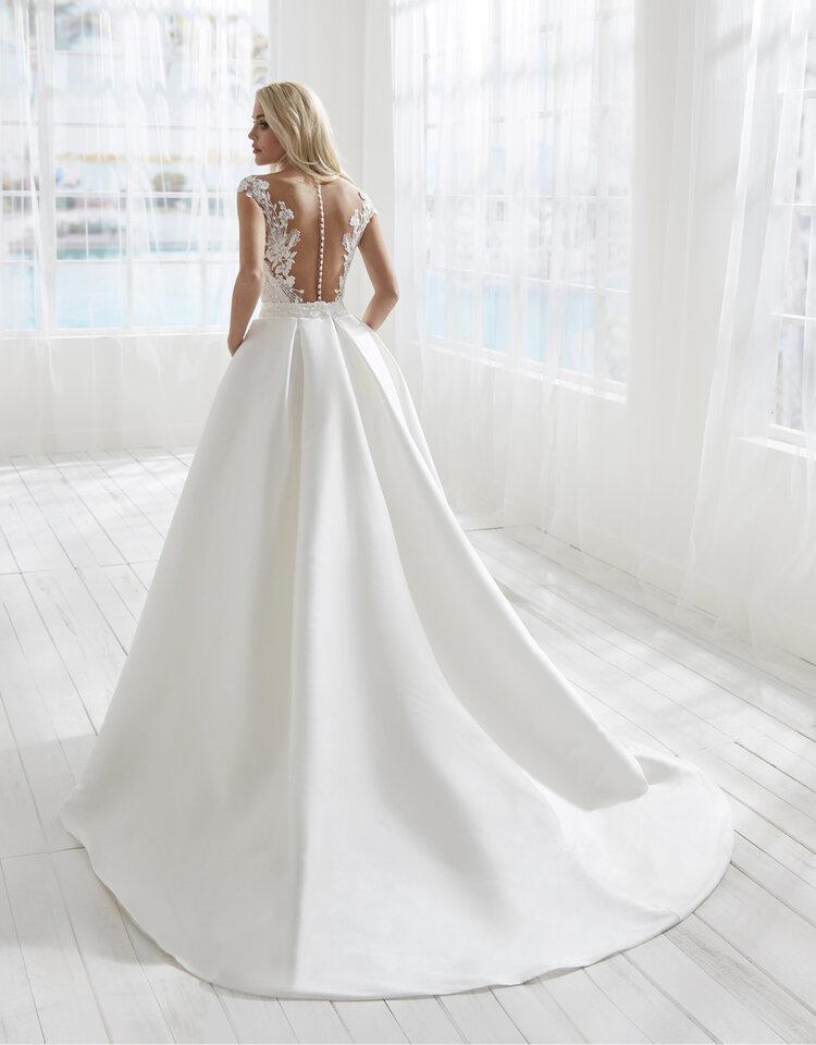 Simple ballgown wedding dress by Randy Fenoli
